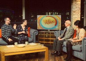 stv-live5-presenters-and-john-niocola-in-studio-shot